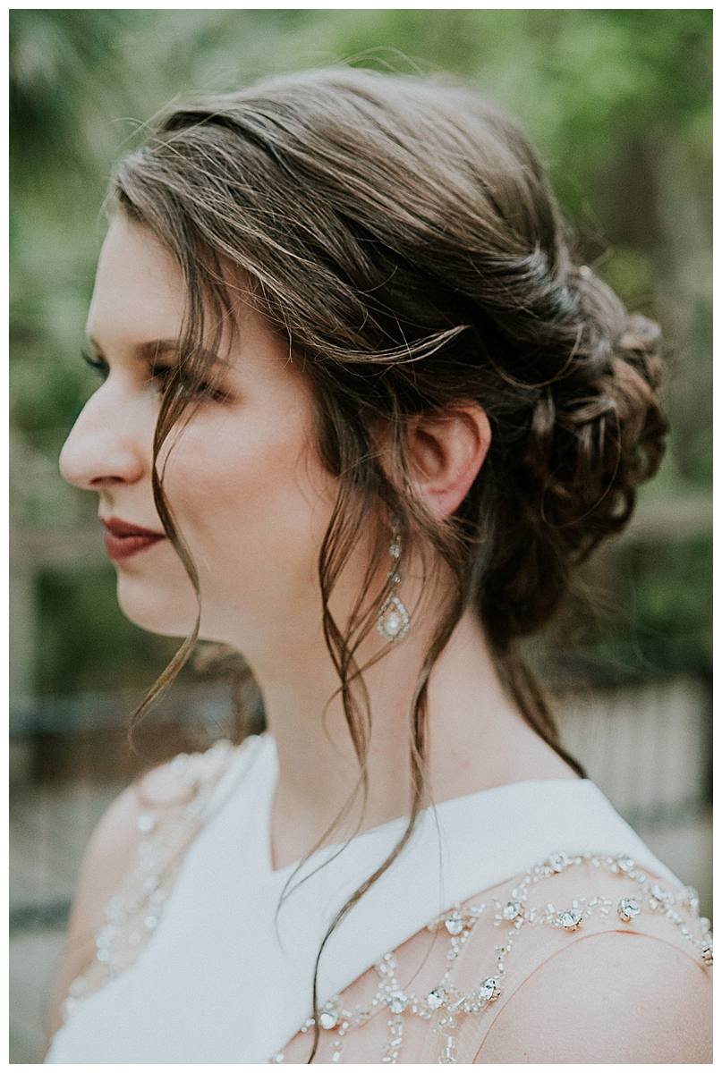 bridal-loose-updo-hairstyle