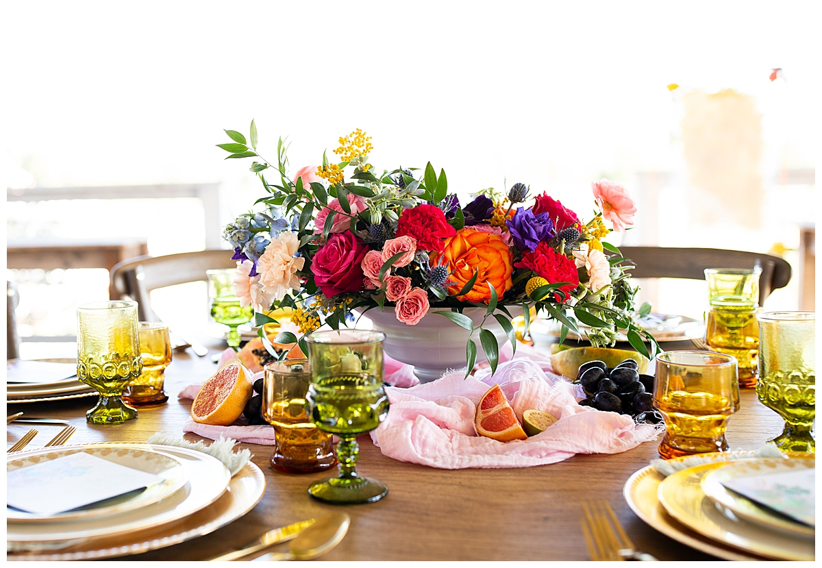 colorful-wedding-tablescape