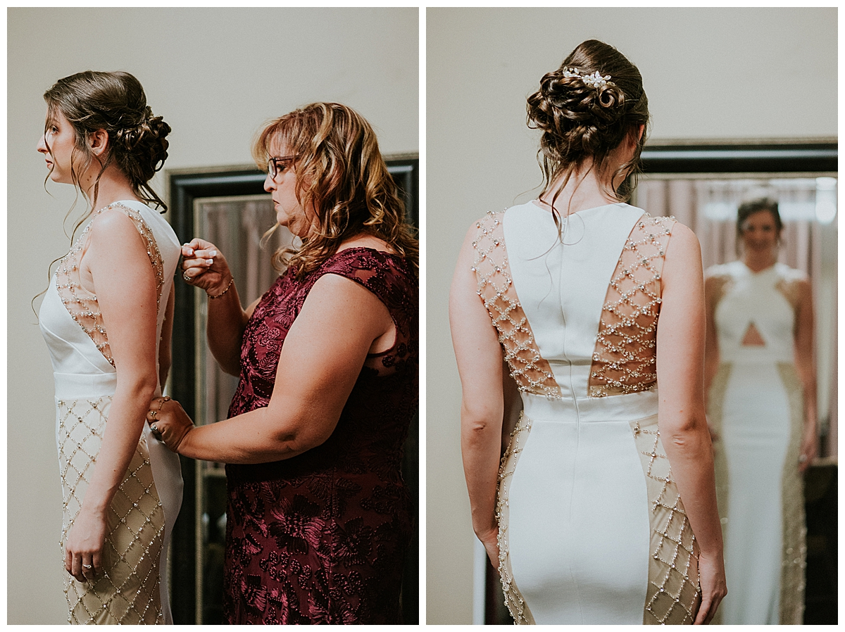 getting-ready-photos-with-bride-and-mother