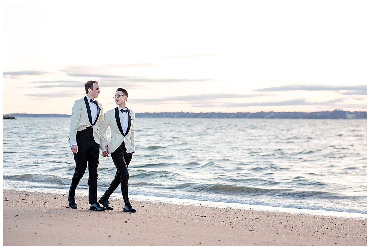 two-grooms-on-a-beach