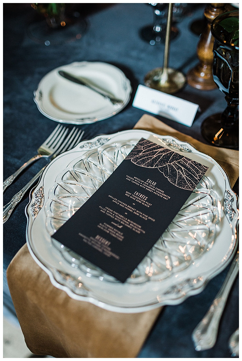 vintage-inspired-wedding-place-settings