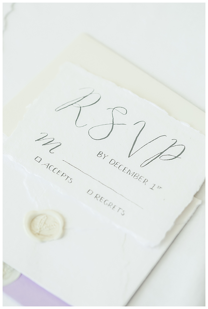 wax-seal-wedding-invitations