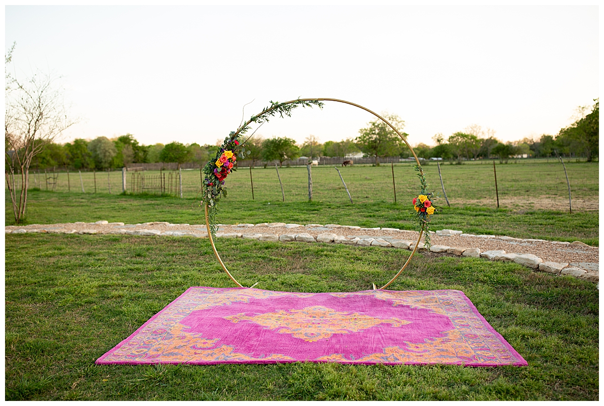 wedding-ceremony-hoop-decor