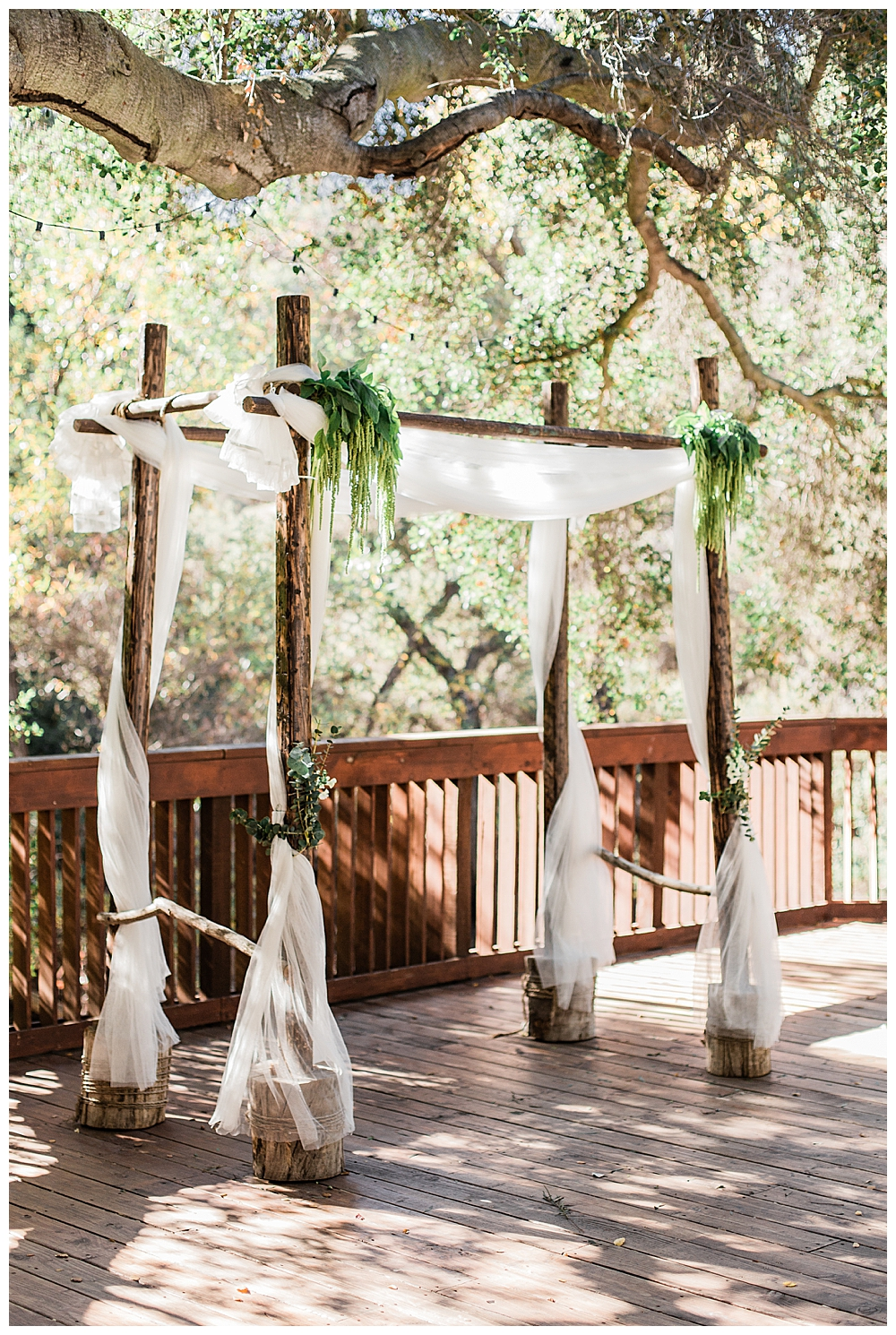 altar-wedding-ceremony-decor