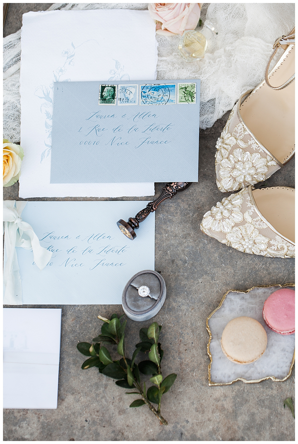 blue-and-white-wedding-stationery-suite