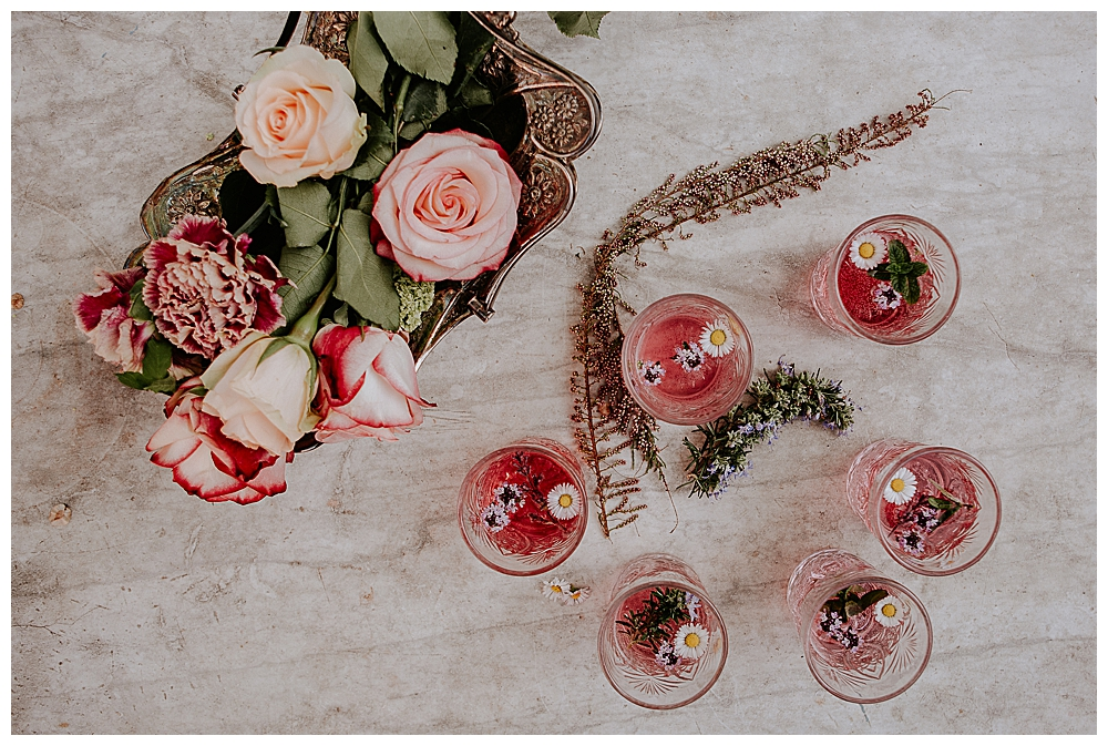 pink-signature-cocktails-for-wedding