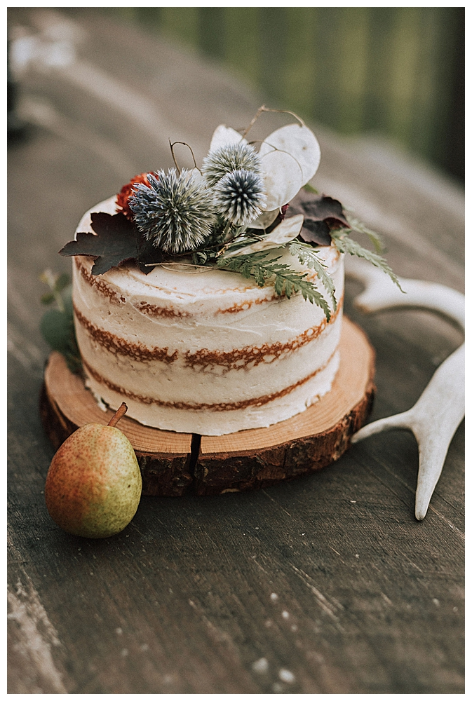 blue-thistle-floral-cake-topper