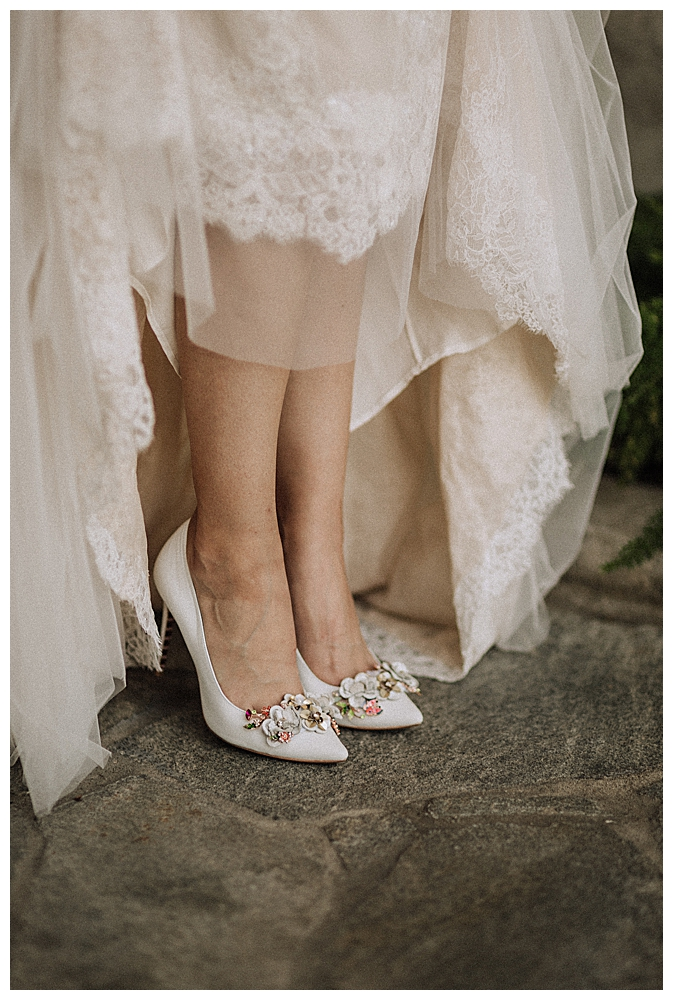 floral-embellished-bridal-shoes