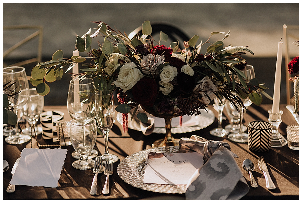 moody-wedding-tabletop-centerpiece