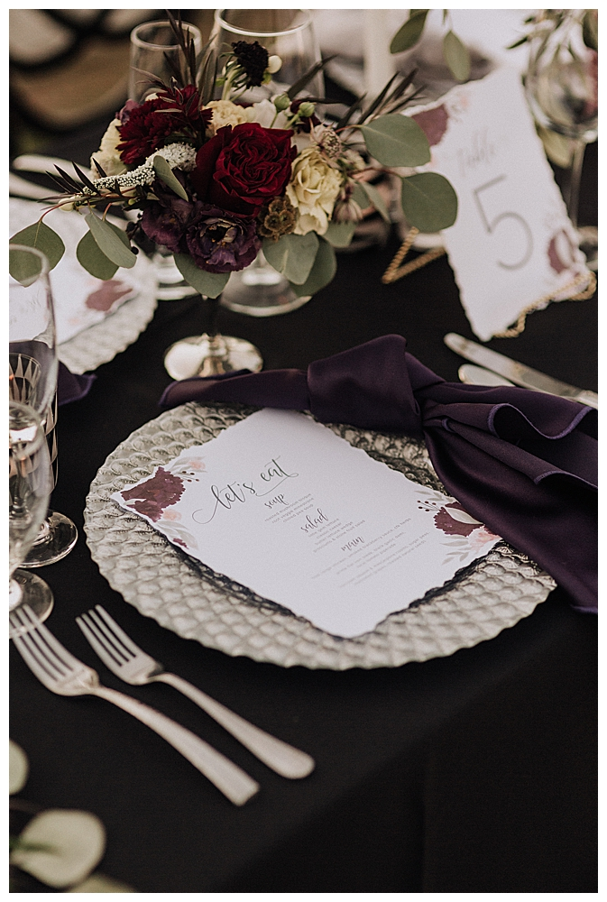 moody-wedding-tabletop-decor