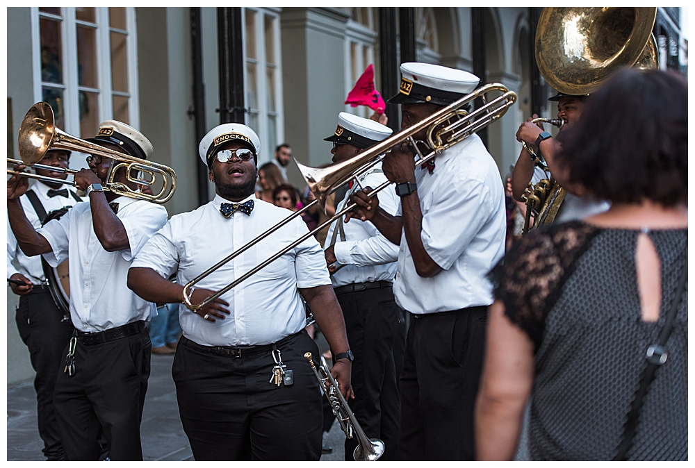 second-line-new-orleans-wedding