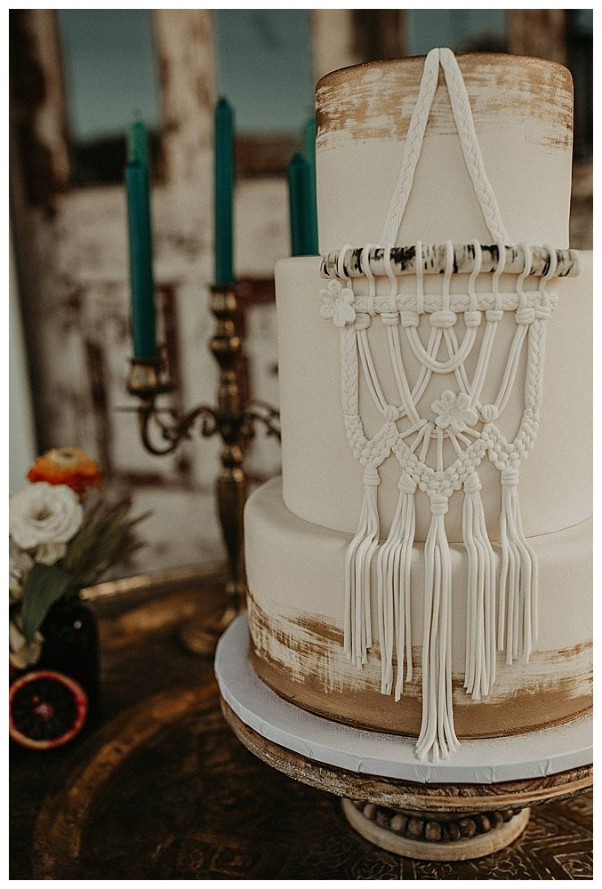 macrame-wedding-cake