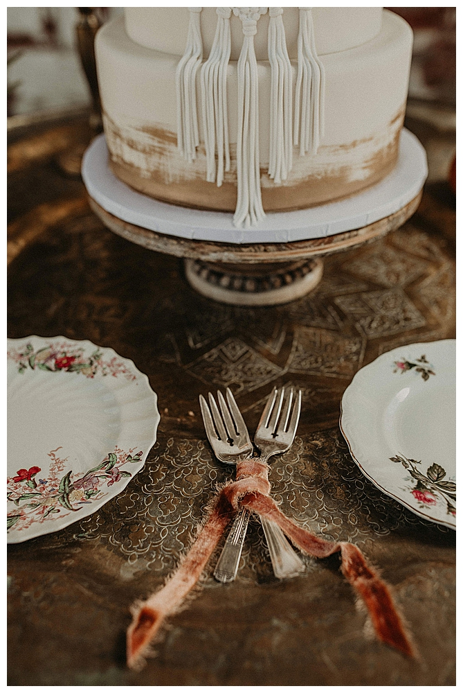 wedding-cake-forks