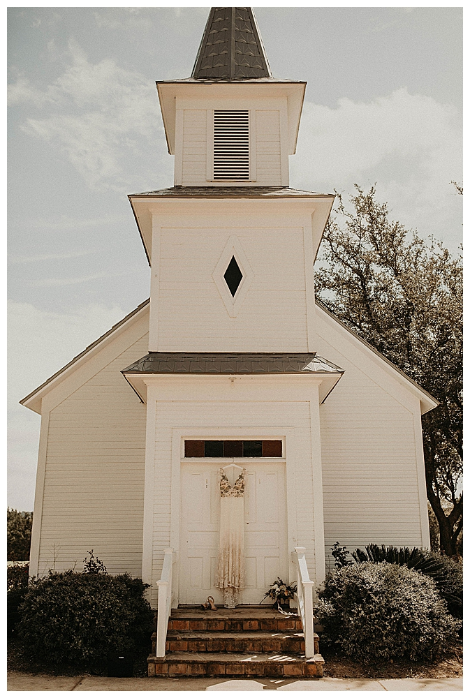 white-wedding-chapel-photography-austin