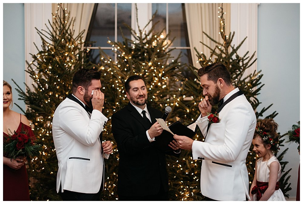 christmas-wedding-ceremony