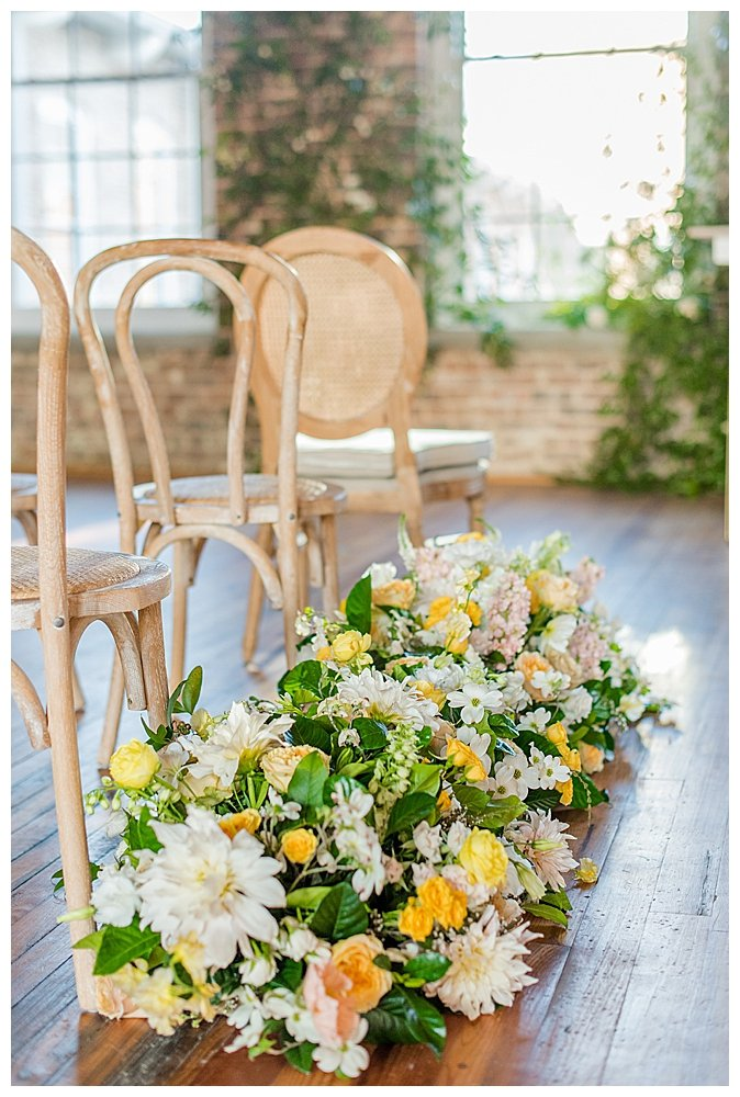 caneback-chairs-for-wedding