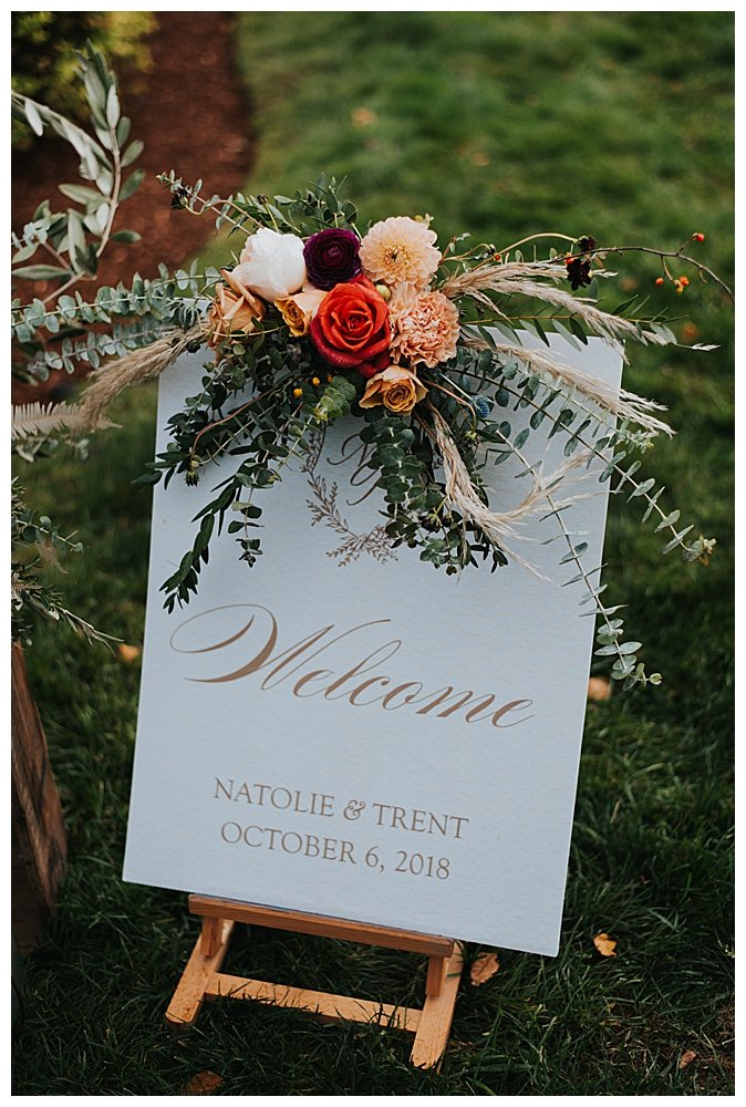 fall-wedding-welcome-sign