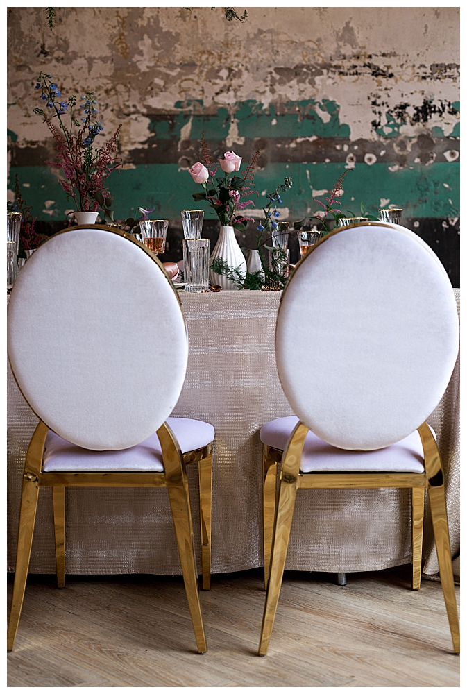 white-and-gold-wedding-chairs