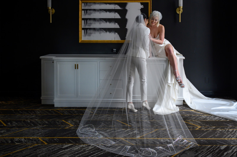 Image for Modern Metallic Wedding Inspiration That Is Pure Eye Candy