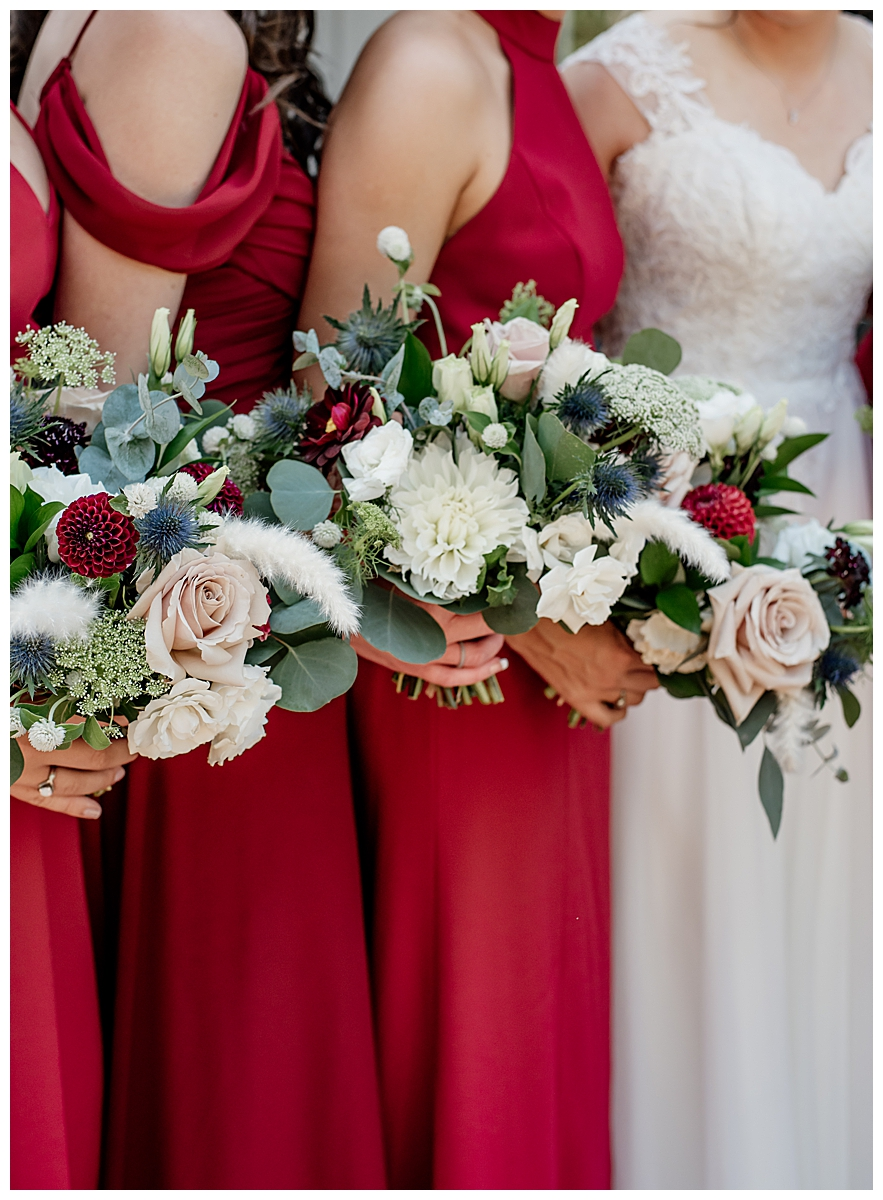 red-and-white-bridesmaid-bouquets