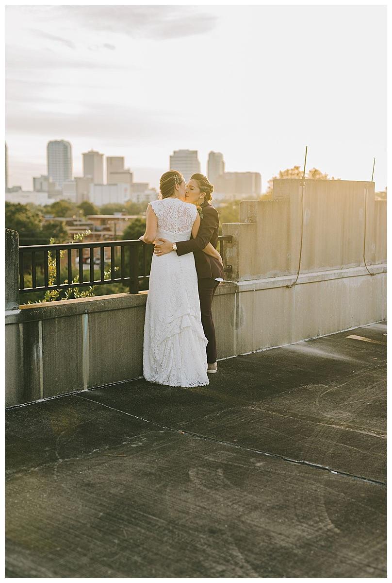 tampa-skyline-wedding-photography