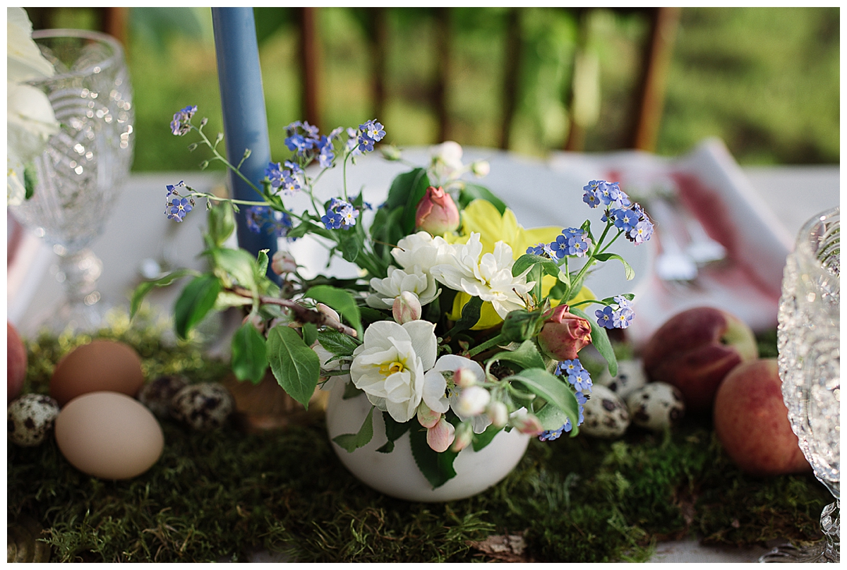 egg-centerpiece-spring-wedding