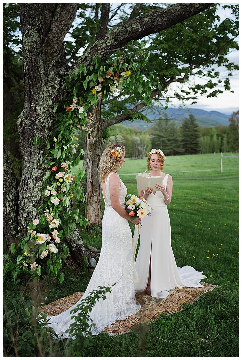 spring-wedding-ceremony