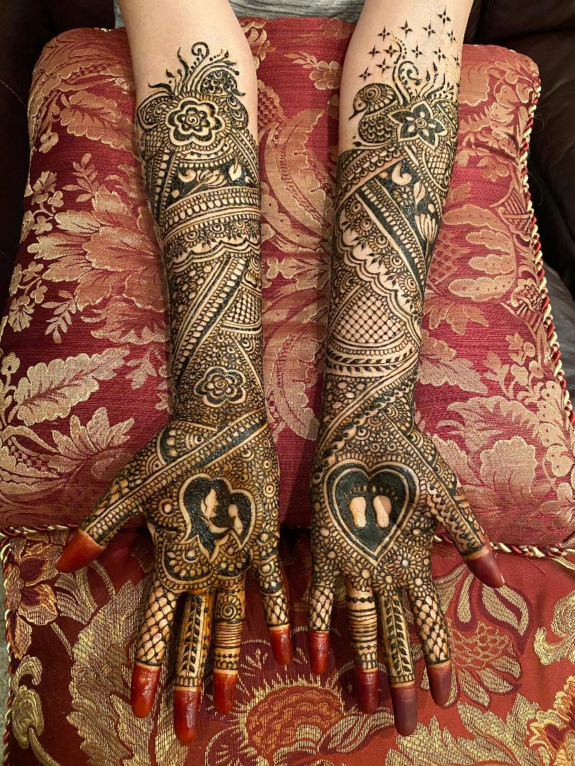expecting-mother-henna-design