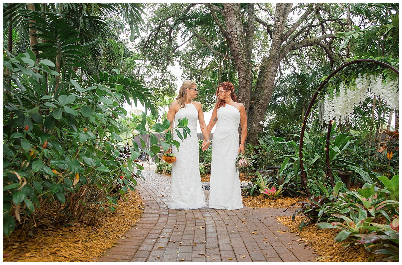 living-scultpure-sanctuary-florida-wedding-venue