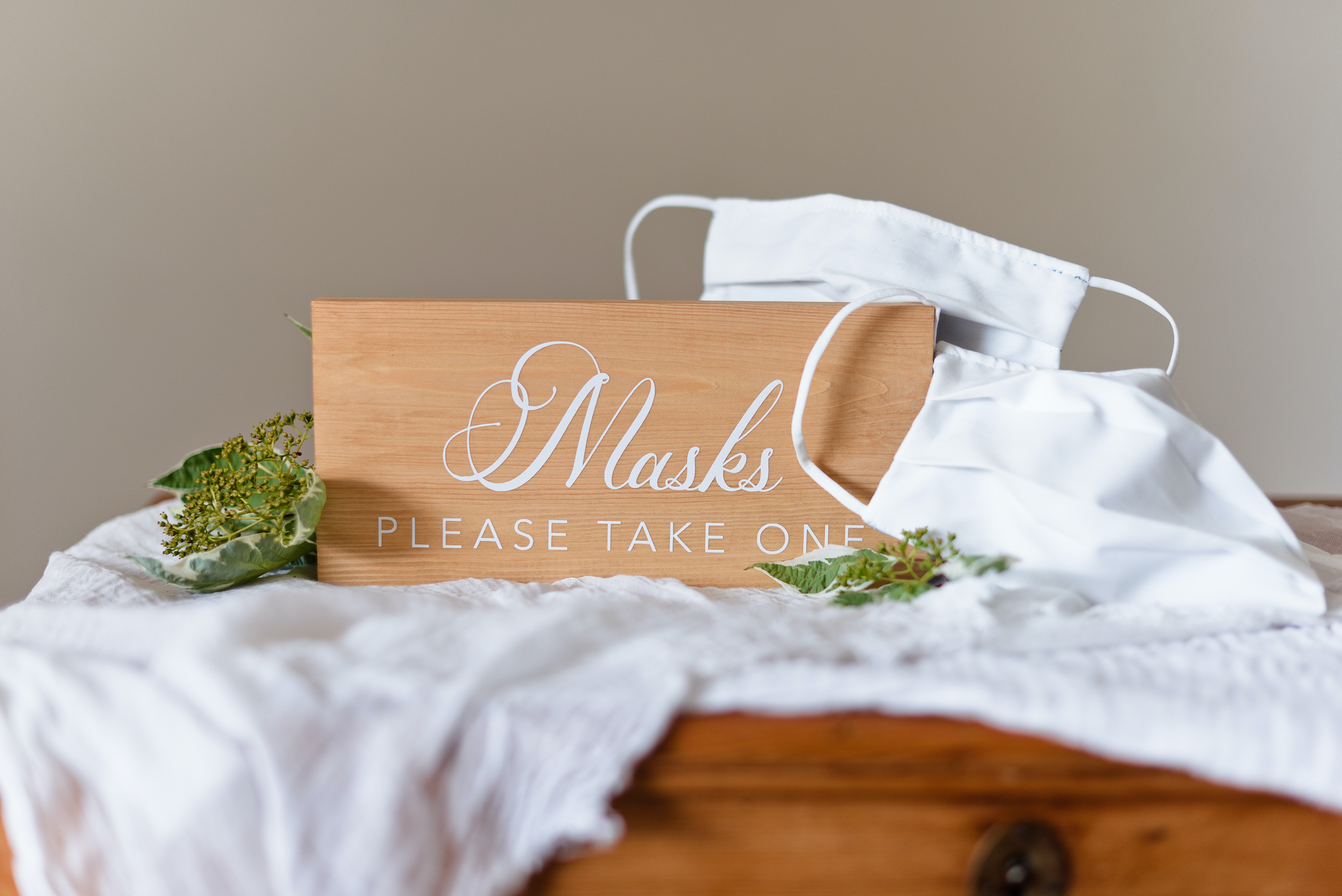 mask-sign-for-wedding