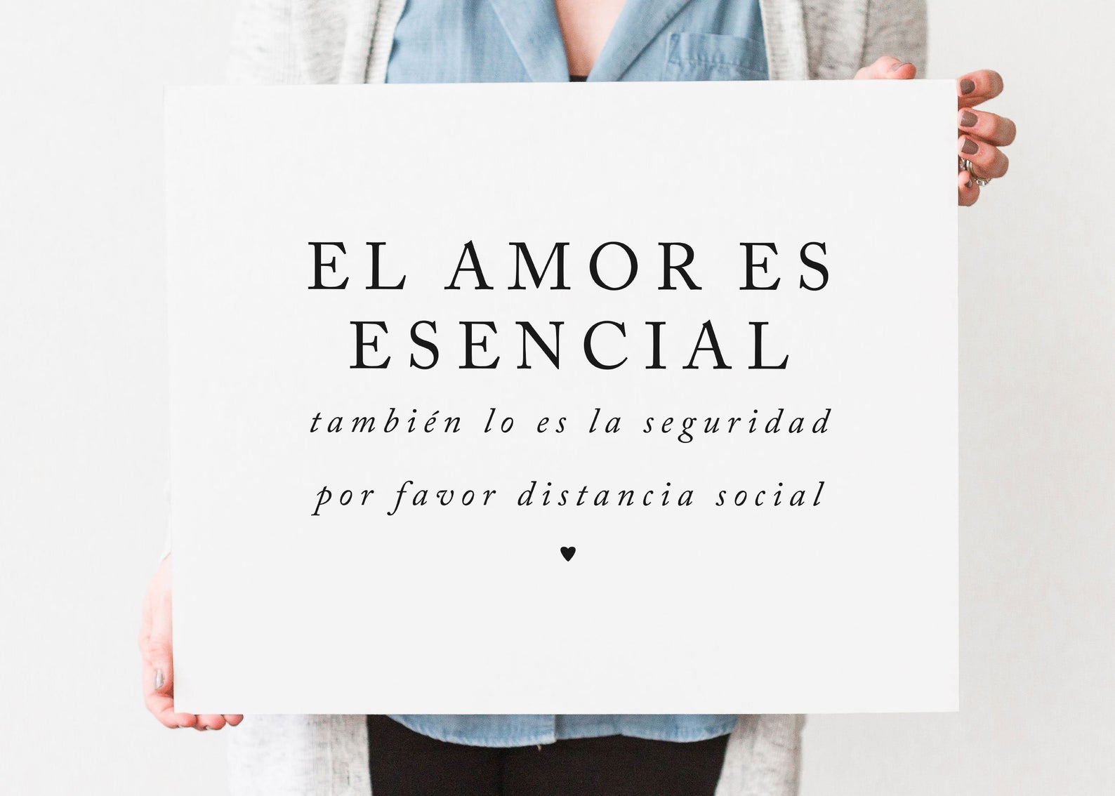 spanish-social-distance-wedding-sign