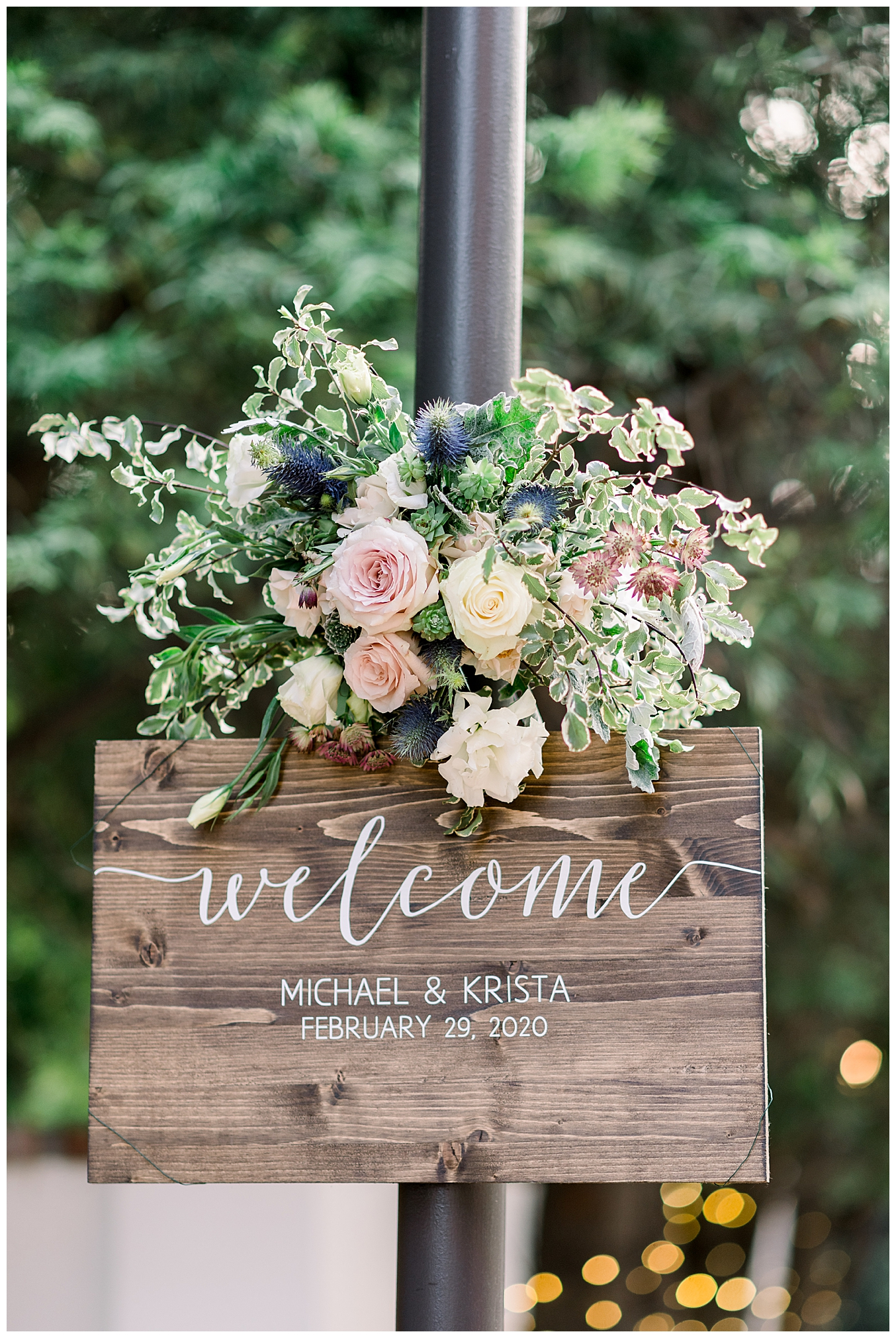wooden-wedding-welcome-sign