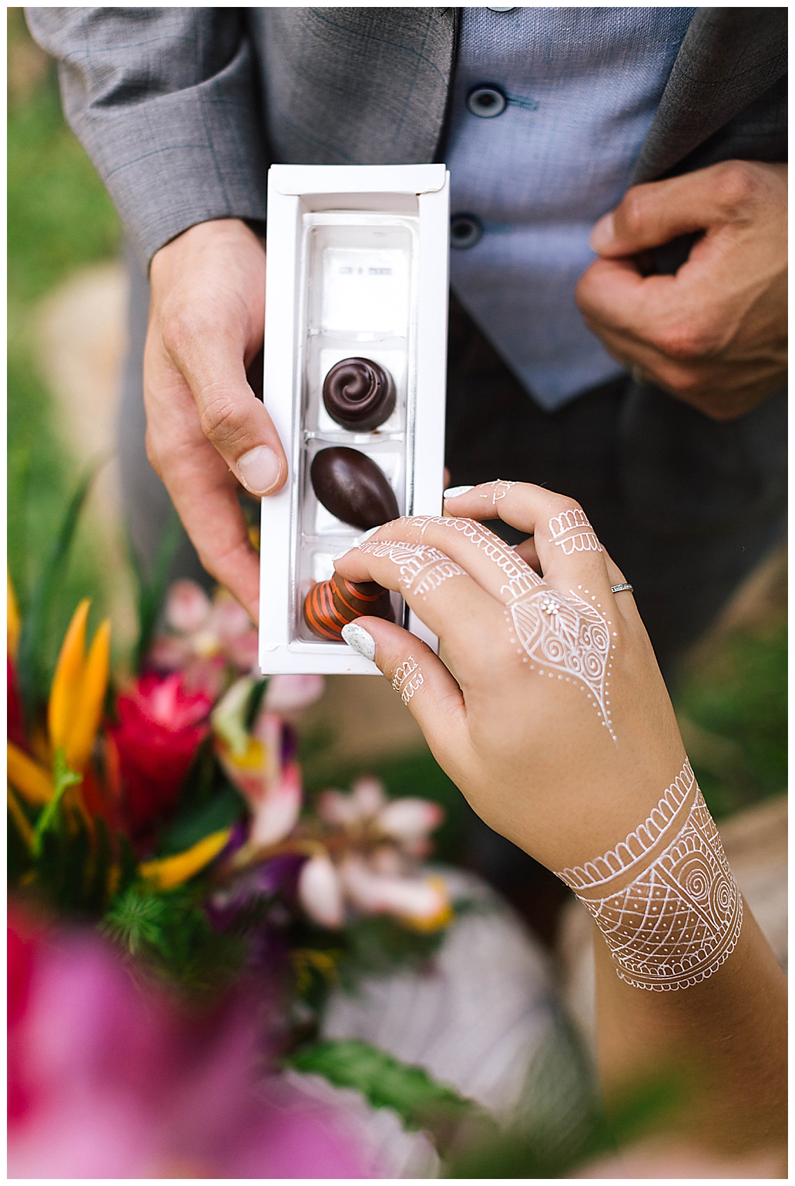 chocolate-favors-henna-bride