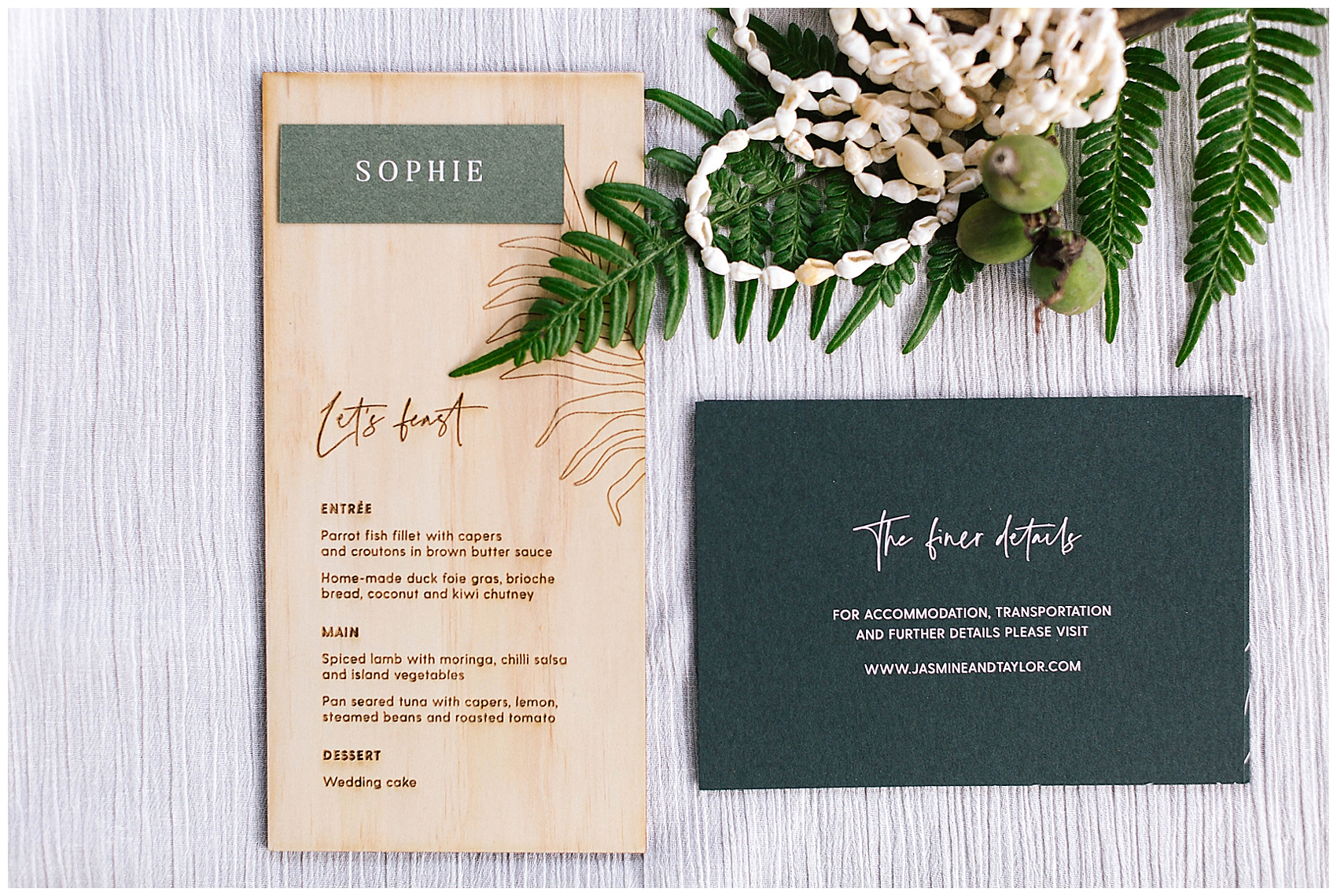 wooden-and-green-wedding-details