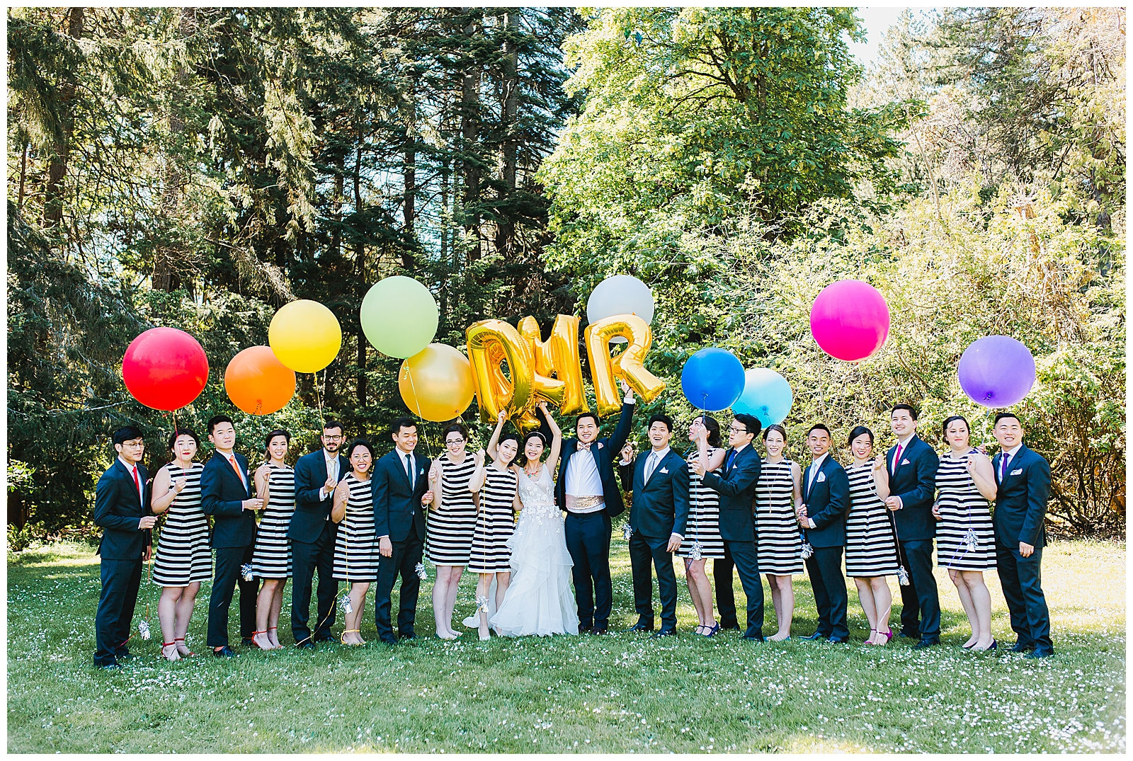 wedding-party-with-balloons