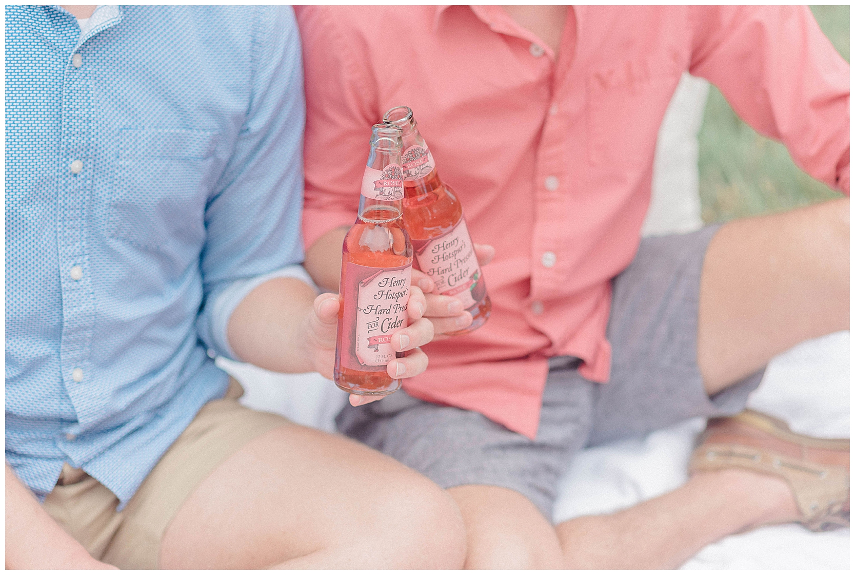 outdoor-picnic-gay-engagement-session-7