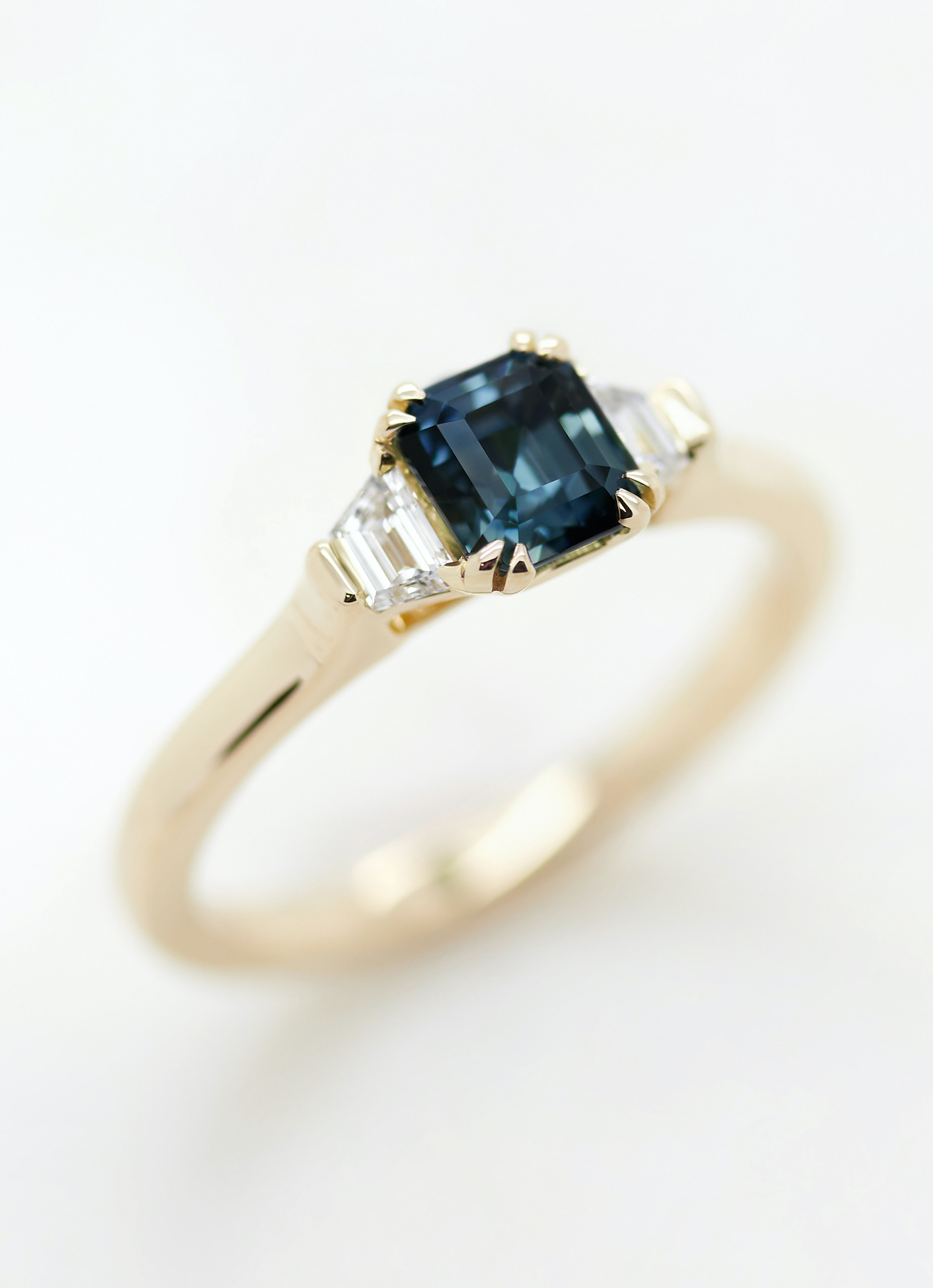 teal-sapphire-engagement-ring
