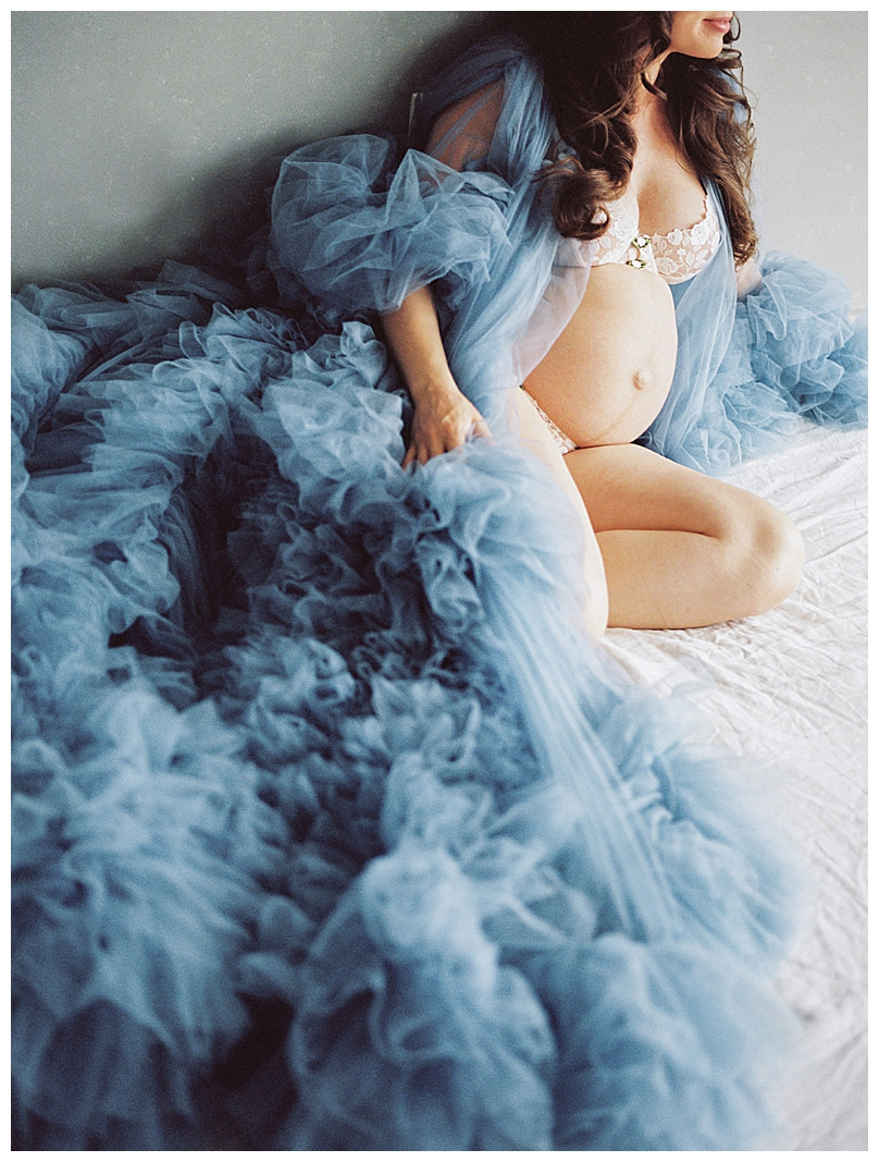 boudoir-maternity-shoot-1